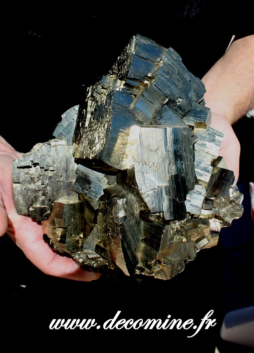 grosse pyrite rhomboedrique de collection