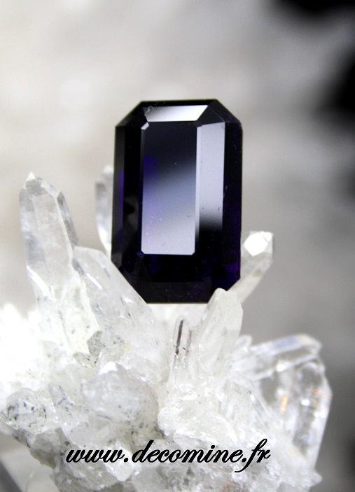 amethyste ITINGA taille emeraude 17.29 cts