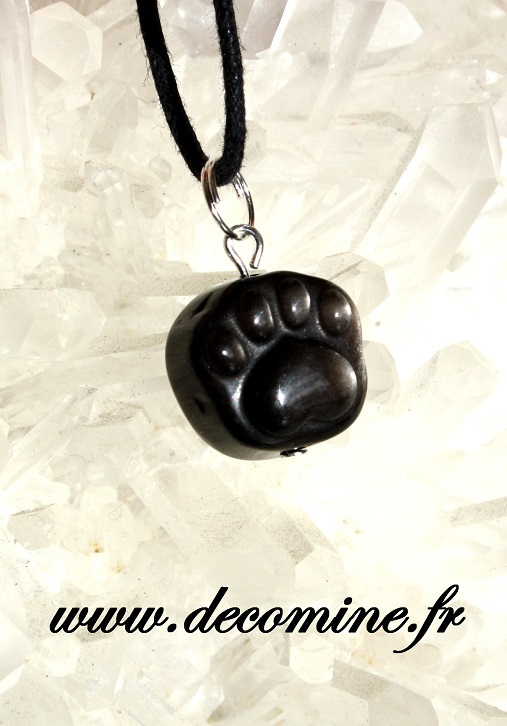 pendentif patte de chat obsidienne doree