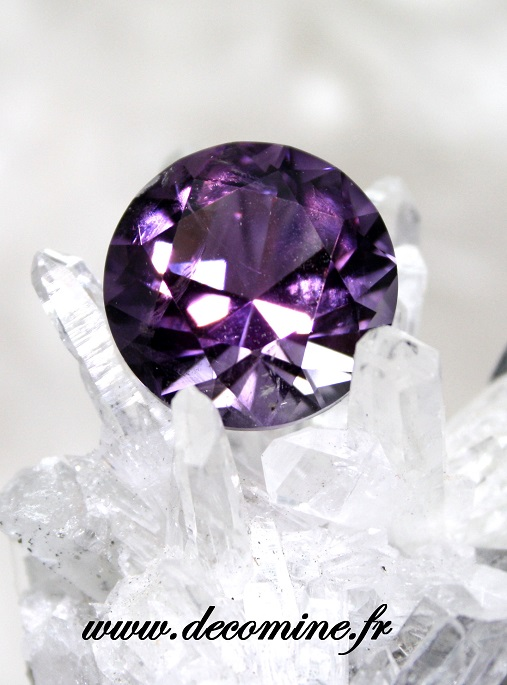 amethyste BAHIA taille brillant rond 10.88 carats