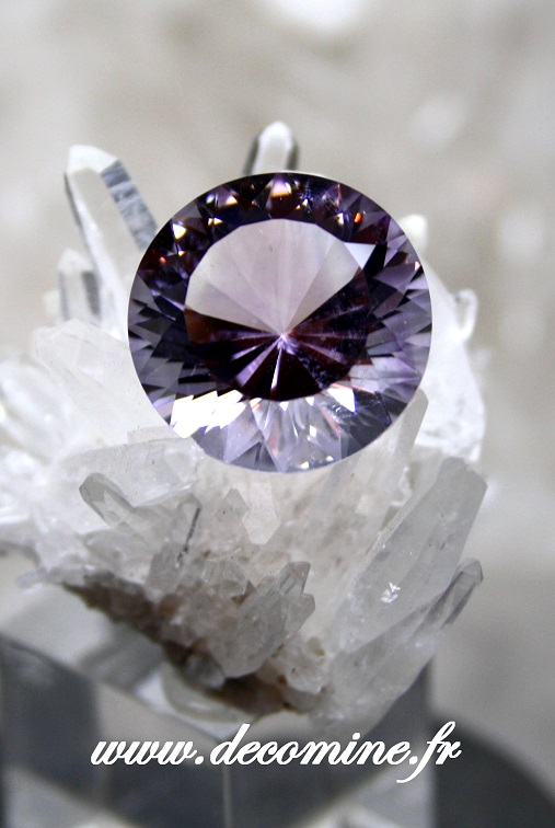 amethyste BOLIVIE taille brillant rond 16.25 carats