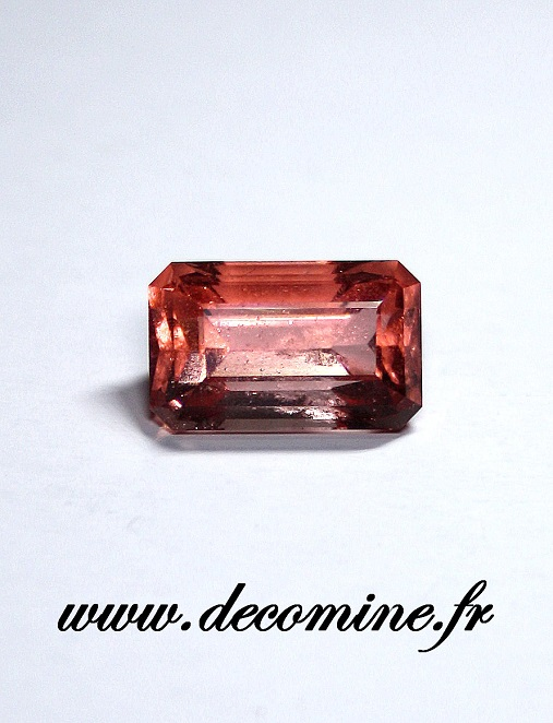 fluorine rose mont blanc taille emeraude 5.37 carats