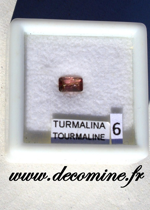 tourmaline rose pierre taillee rectangle